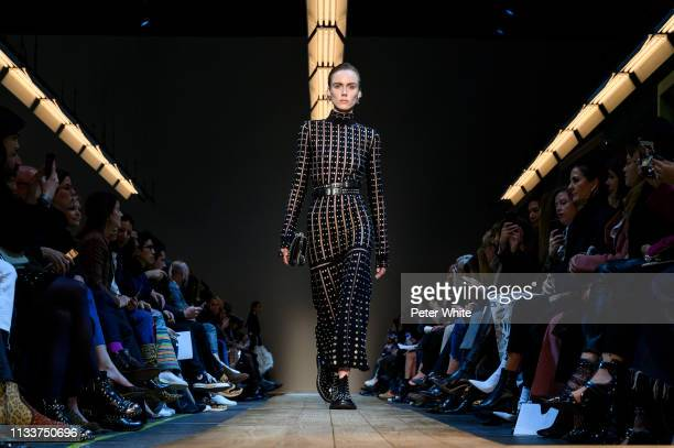 Kiki Willems walks the runway during the Alexander McQueen show as part of the Paris Fashion Week Womenswear Fall/Winter 2019/2020 on March 04 2019...