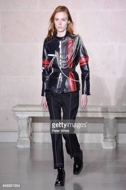 Kiki Willems walks the runway during the Louis Vuitton show as part of the Paris Fashion Week Womenswear Fall/Winter 2017/2018 on March 7 2017 in...