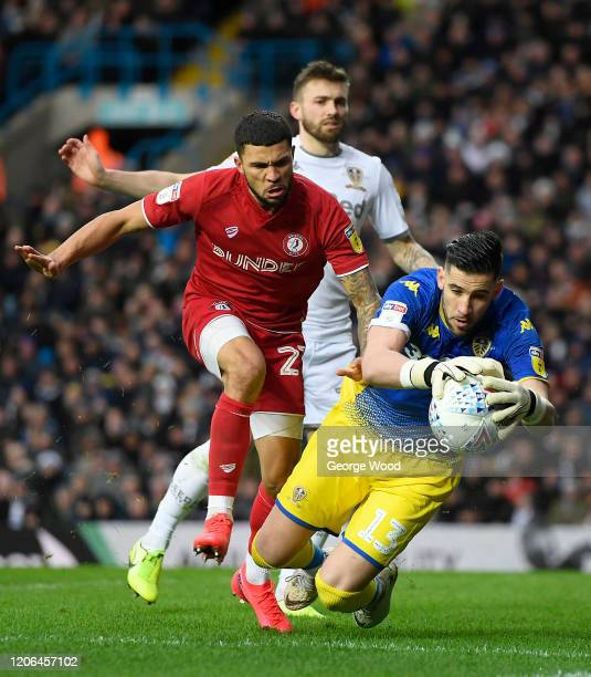 Kiko Casilla of Leeds United is challenged by Nahki Wells of Bristol City during the Sky Bet Championship match between Leeds United and Bristol City...
