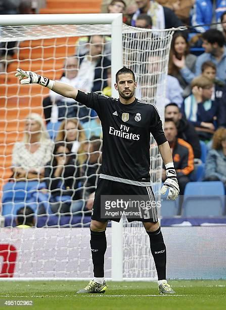 Kiko Casilla of Real Madrid gestures during the La Liga match between Real Madrid CF and UD Las Palmas at Estadio Santiago Bernabeu on October 31...