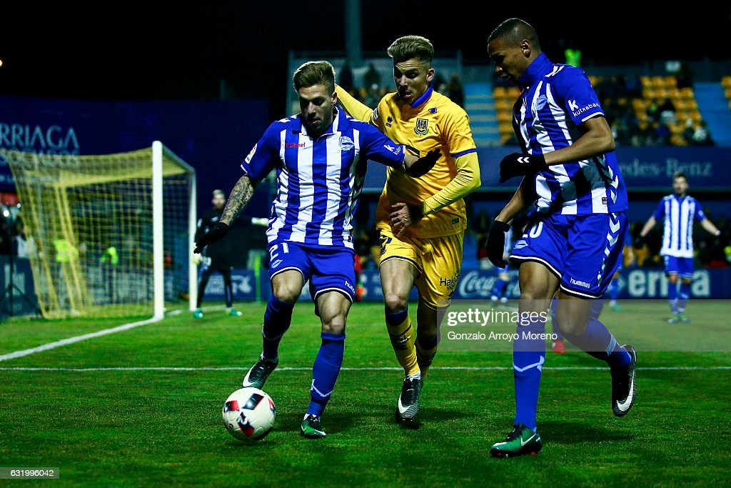 Alcorcon v Alaves - Copa Del Rey Quarter-final: First Leg