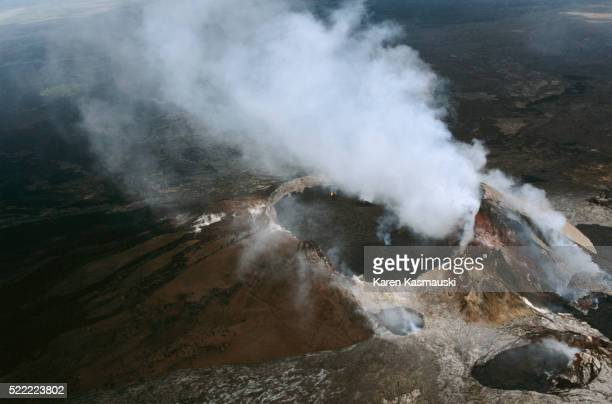 kilauea caldera at hawaii volcanoes national park - caldera stock pictures, royalty-free photos & images