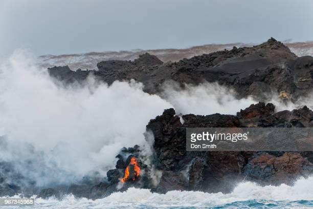 kilauea lava flows into ocean - パホア ストックフォトと画像