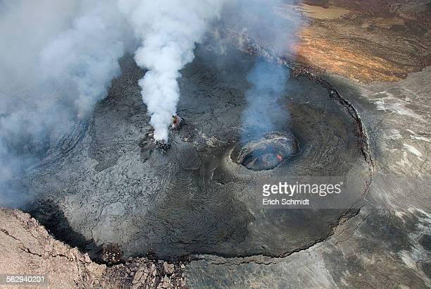 kilauea volcano, big island, hawaii, united states - shield volcano stock pictures, royalty-free photos & images