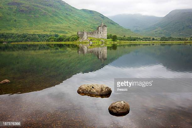 kilchurn castle, loch awe - theasis stock pictures, royalty-free photos & images