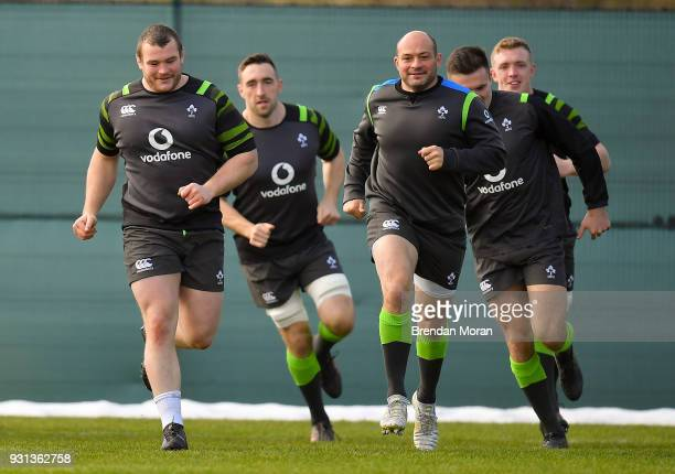 Kildare Ireland 13 March 2018 Players from left Jack McGrath Jack Conan Rory Best Jacob Stockdale and Dan Leavy during Ireland rugby squad training...