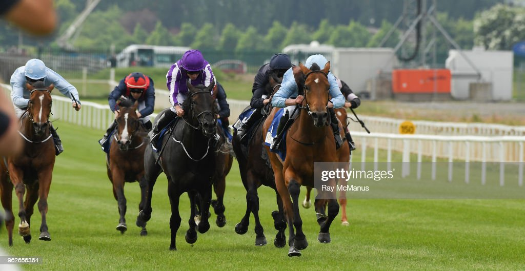 Curragh Races - Irish 2,000 Guineas