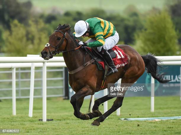 Kildare Ireland 27 April 2017 Unowhatimeanharry with Noel Fehily up on their way to winning the Ladbrokes Champion Stayers Hurdle at Punchestown...
