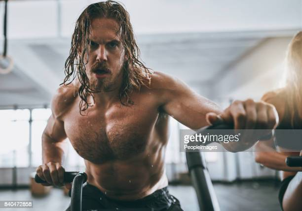 kill every workout - cardiovascular exercise stock pictures, royalty-free photos & images