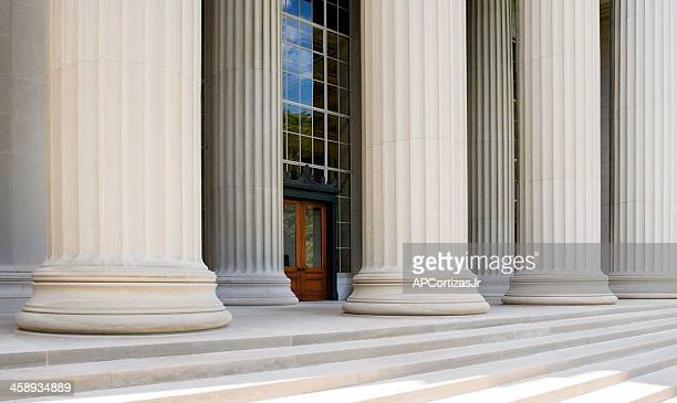 killian court and great dome building, massachusetts institute of technology - massachusetts institute of technology stock pictures, royalty-free photos & images