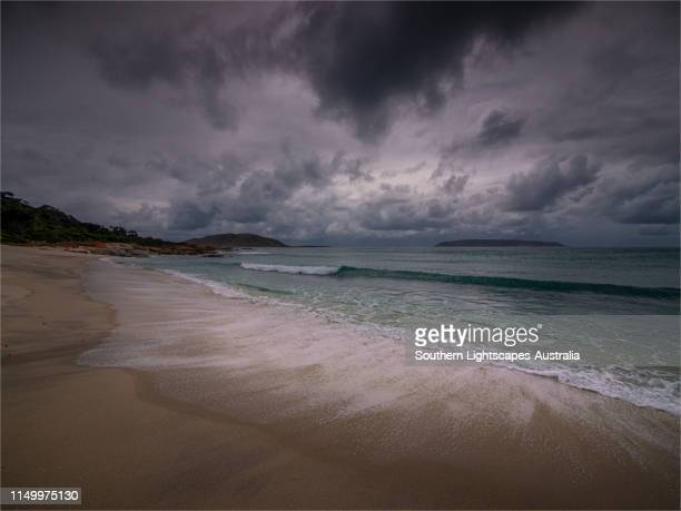 killiecrankie bay, west coastline of flinders island, bass strait, tasmania. - bass strait stock pictures, royalty-free photos & images