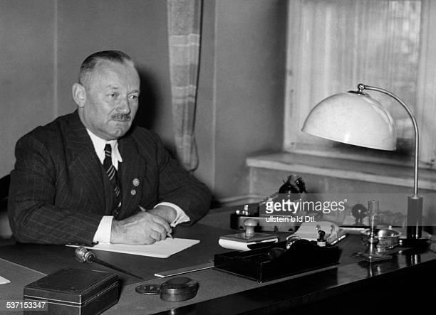 Killinger, Manfred von - Politiker, NSDAP, D, , - Portrait, als neuernannter Gesandter fuer die Slowakei, - , - Aufnahme: Presse-Illustrationen...