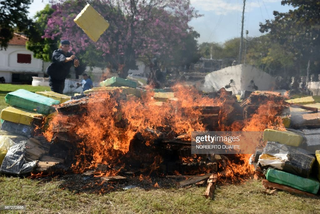 PARAGUAY-DRUGS-INCINERATION : News Photo