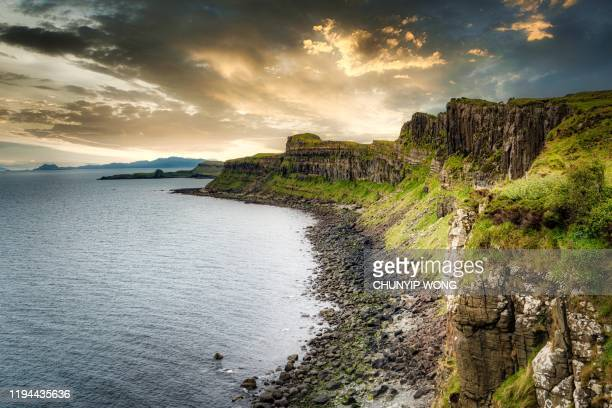 kilt rock with the mealt falls at the isle of skye in the highlands of scotland - geology stock pictures, royalty-free photos & images