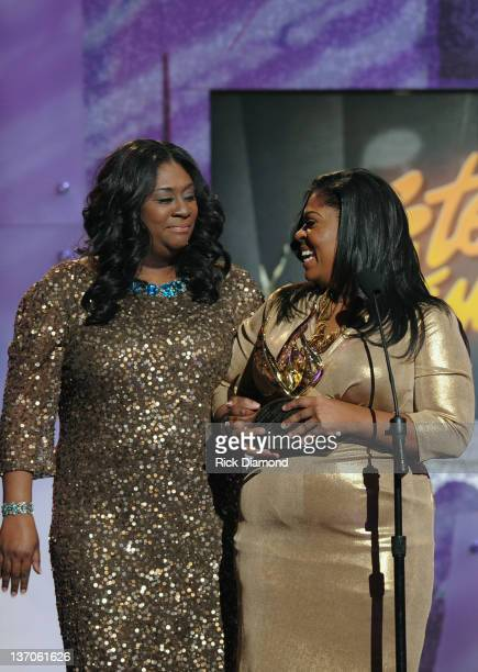 Kim Burrell and sister receive Female Vocalist of the Year during the 27th Annual Stellar Awards at the Grand Ole Opry House on January 14 2012 in...