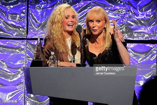 Kim Carnes and Jackie DeShannon speak onstage during the 41st Annual Songwriters Hall of Fame Ceremony at The New York Marriott Marquis on June 17...