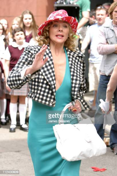 Kim Cattrall during Kim Cattrall on Location For 'Sex and the City' on May 20 2003 at Manahattan in New York City New York United States