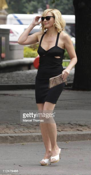 Kim Cattrall is seen filming on location for 'Sex And The City 2' on the streets of Manhattan on September 8 2009 in New York City