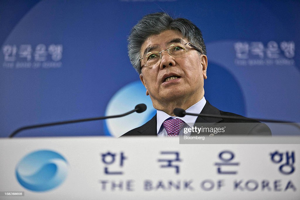 Kim Choong Soo, governor of the Bank of Korea, speaks during a news conference at the central bank's headquarters in Seoul, South Korea, on Thursday, Dec. 13, 2012. The Bank of Korea held borrowing costs unchanged before next week's presidential election and after North Korea launched a rocket in defiance of international sanctions yesterday. Photographer: Jean Chung/Bloomberg via Getty Images
