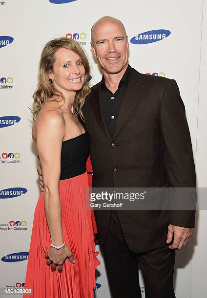 Kim Clark and former pro hockey player Mark Messier attend the 13th Annual Samsung Hope For Children Gala at Cipriani Wall Street on June 10 2014 in...