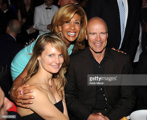 Kim Clark Hoda Kotb and Mark Messier attends the Samsung Hope For Children Gala 2014 at Cipriani Wall Street on June 10 2014 in New York City