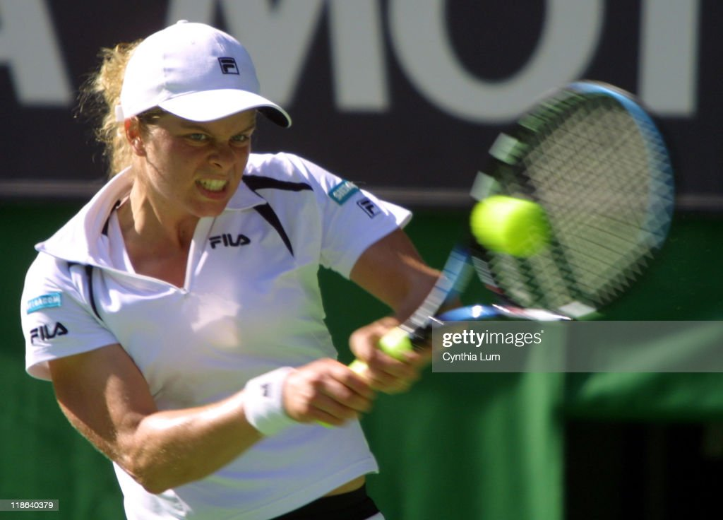 Kim Clijsters Battles Against Serena Williams During Her