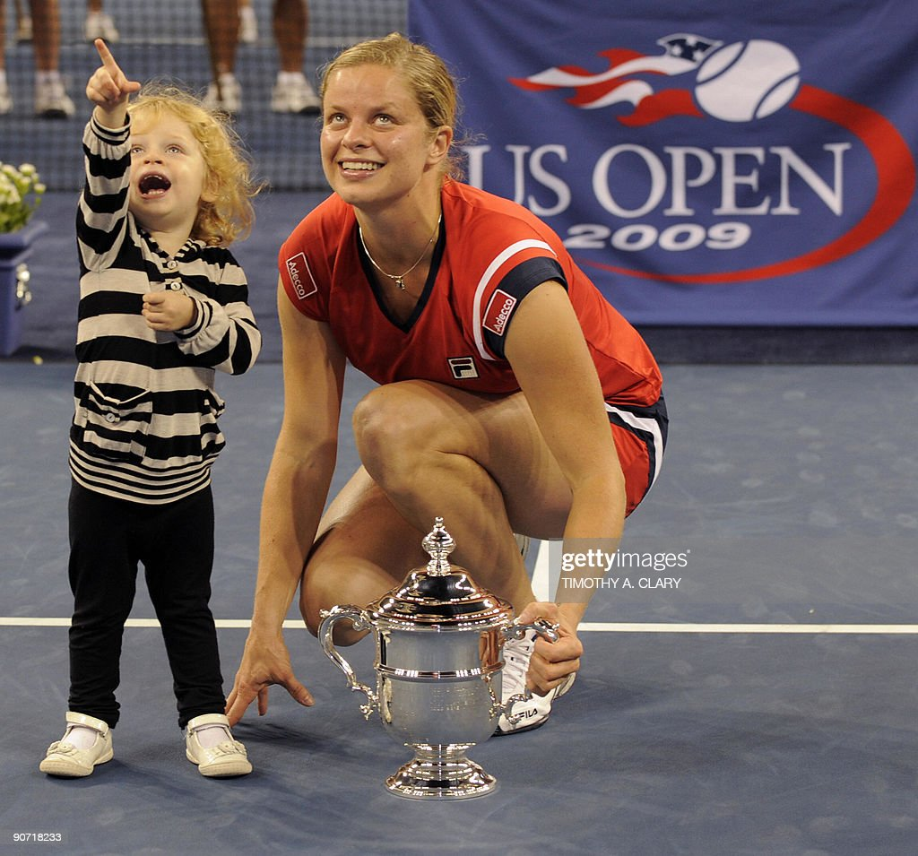Kim Clijsters from Belgium  and her daug : News Photo