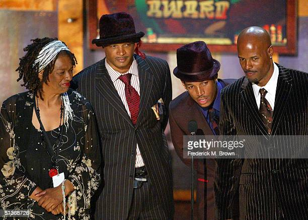 Kim Damon Shawn and Keenen Ivory Wayans accept their award for BET Comedy Icon Award onstage at the FirstEver BET Comedy Awards at the Pasadena Civic...