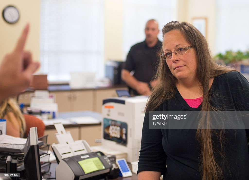 Kentucky County Clerk Defies Supreme Court Ruling And Refuses To Issue Same Sex Marriage Licenses : News Photo