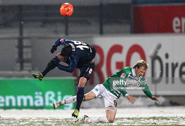 Kim Falkenberg of Fuerth fights for the ball with Alexander Ludwig of Muenchen during the 2nd Bundesliga match between SpVgg Greuther Fuerth and 1860...