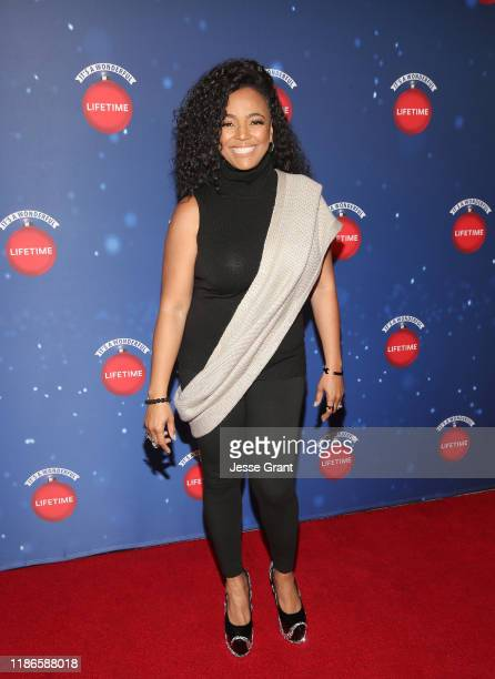 Kim Fields attends the Lifetime's Christmas Movie Stars Kick Off Say Santa with It's A Wonderful Lifetime Photo Experience at the Glendale Galleria...