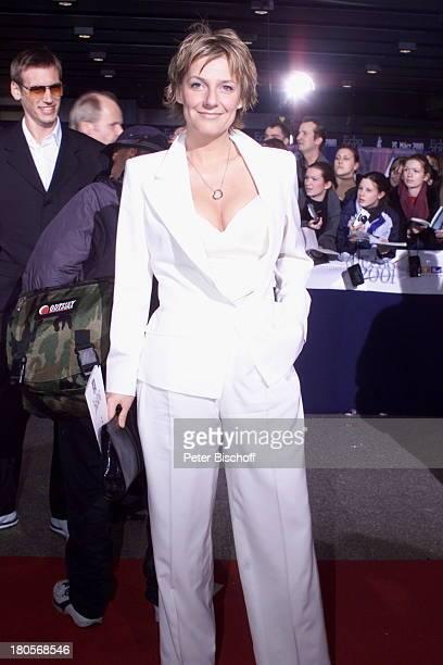 """Kim Fisher, Preisverleihung """"Echo 2001-;der deutsche Musikpreis"""", Berlin, """"ICC"""",;Preis der """"Deutschen Phono-Akademie"""",;Foyer, roter Teppich,"""
