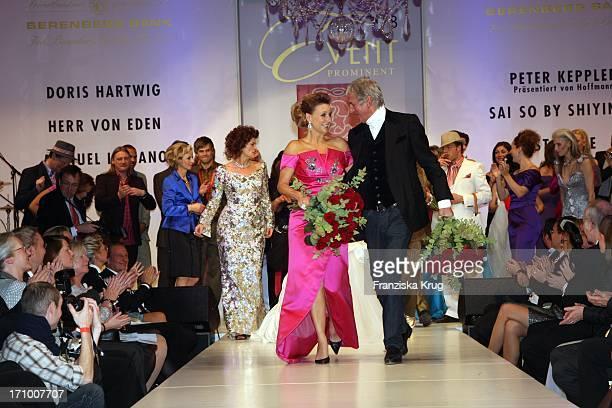 Kim Fisher Und Ted Linow Beim Event Prominent Zugunsten Hamburg Leuchtfeuer Und Dunkelziffer EV Im Hotel Atlantic In Hamburg