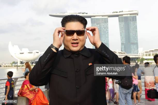 Kim Jong Un impersonator Howard X makes an appearance at Merlion Park on May 27 2018 in Singapore The proposed North KoreaUnited States summit...