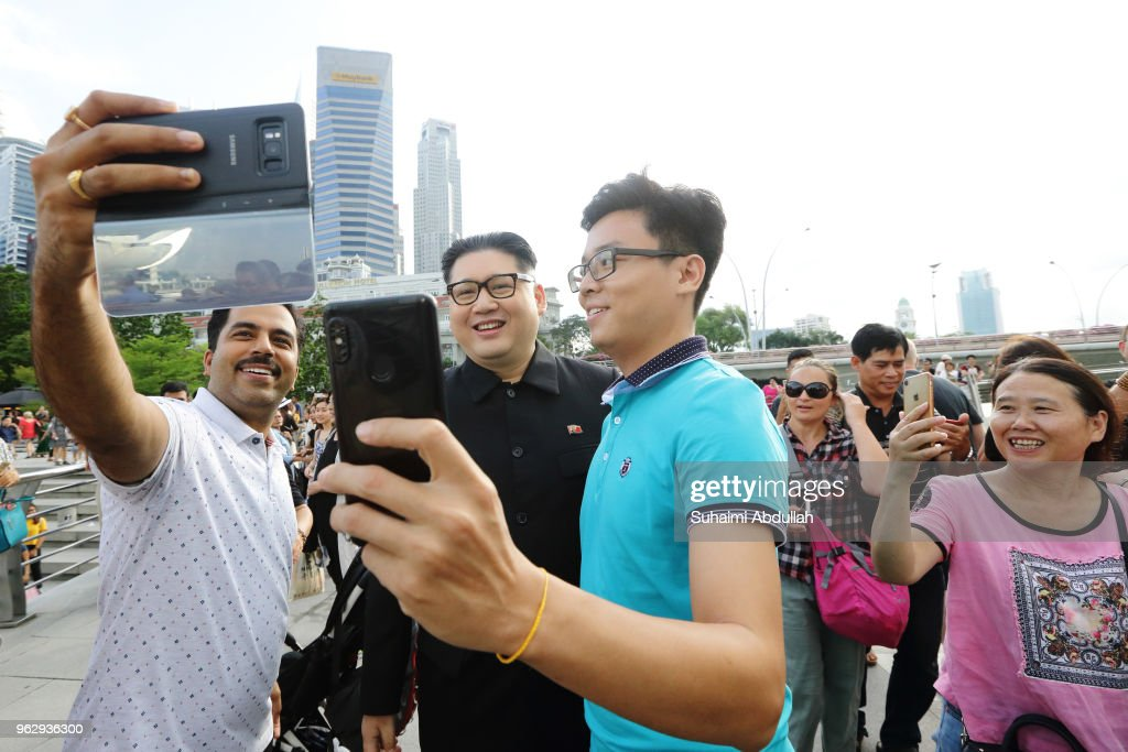 Kim Jong Un Impersonator Makes An Appearance in Singapore : News Photo