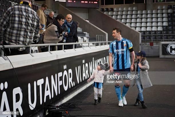 Kim Kallstrom of Djurgardens IF with kids is talking to fans of BK Hacken after the Allsvenskan match between BK Hacken and Djurgardens IF at Bravida...