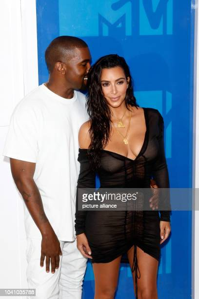 Kim Kardashian and Kanye West attend the MTV Video Music Awards VMAs at Madison Square Garden in New York City USA on 28 August 2016 Photo Hubert...