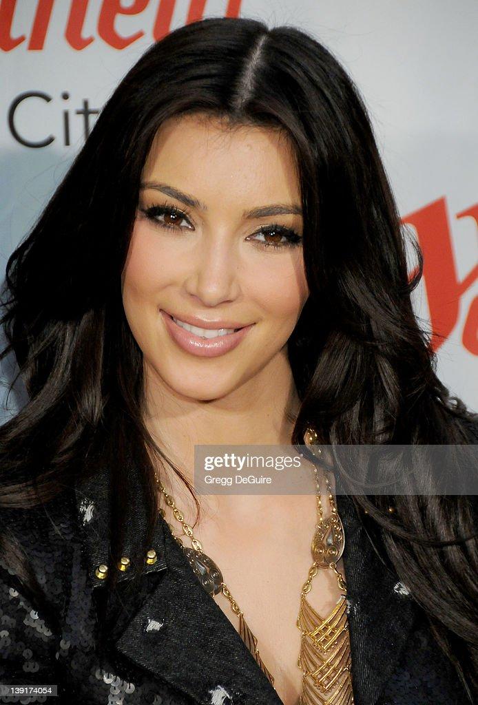 Kim Kardashian Appearance at Westfield Culver City Mall : News Photo
