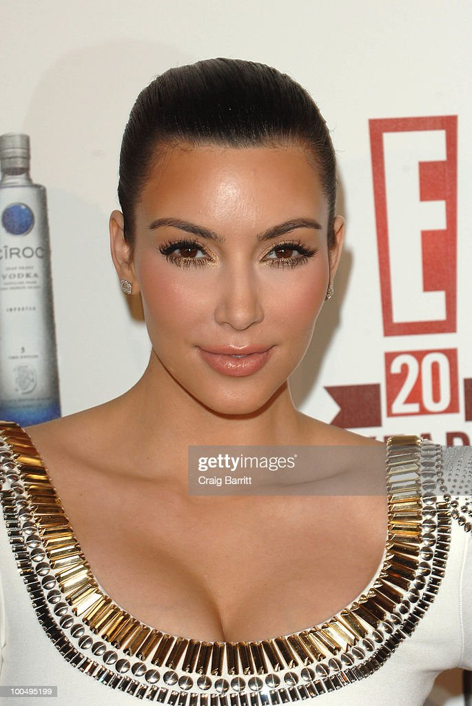 Kim Kardashian arrives at E! Entertainment's 20th Birthday Celebration at The London Hotel on May 24, 2010 in West Hollywood, California.