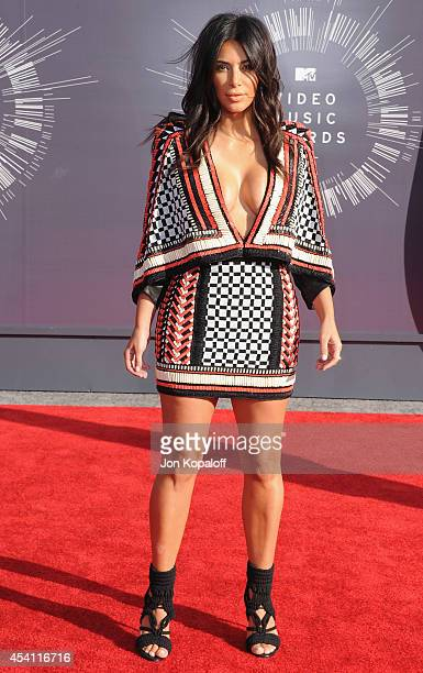 Kim Kardashian arrives at the 2014 MTV Video Music Awards at The Forum on August 24 2014 in Inglewood California