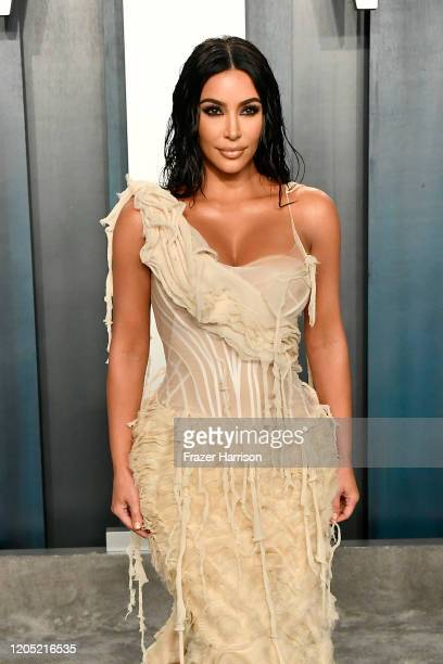 Kim Kardashian attends the 2020 Vanity Fair Oscar Party hosted by Radhika Jones at Wallis Annenberg Center for the Performing Arts on February 09...