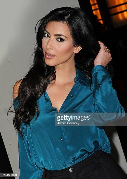 """Kim Kardashian visits MTV's """"It's On with Alexa Chung"""" at the MTV Studios on July 29, 2009 in New York City."""