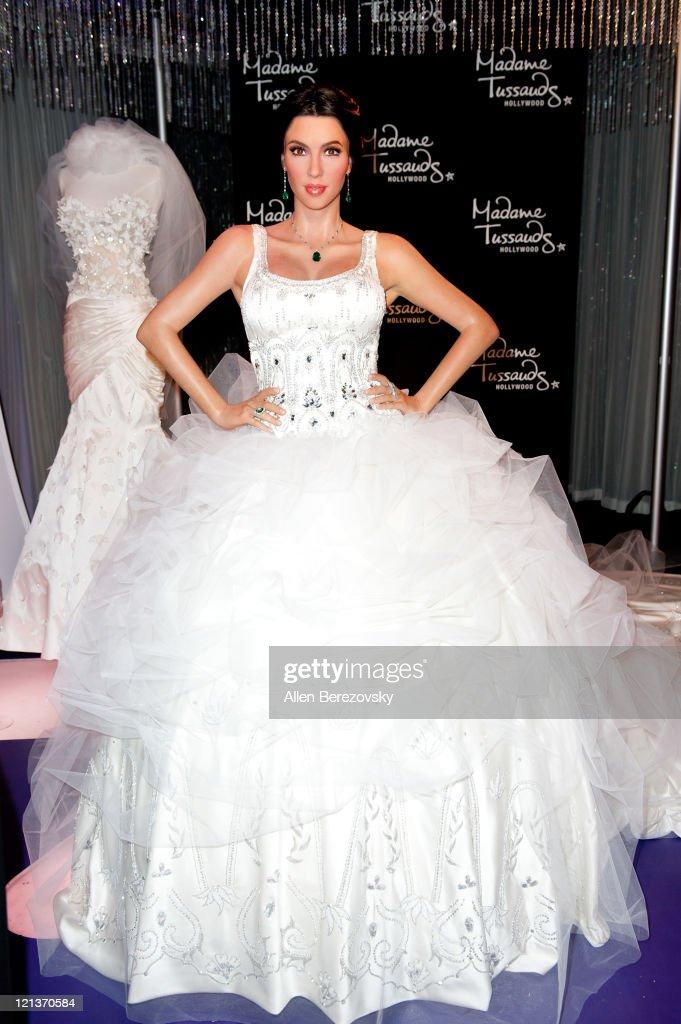 Kim Kardashian Wax Figure Unveiled In Wedding Dress At Madame