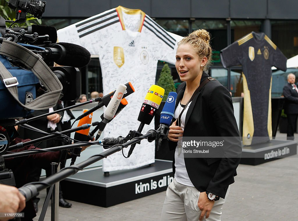 German Women's National Football Team Arrives in Berlin