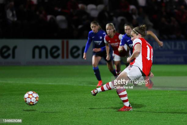 Kim Little of Arsenal Women FC scores his team's first goal from the penalty spot during the UEFA Women's Champions League group C match between...