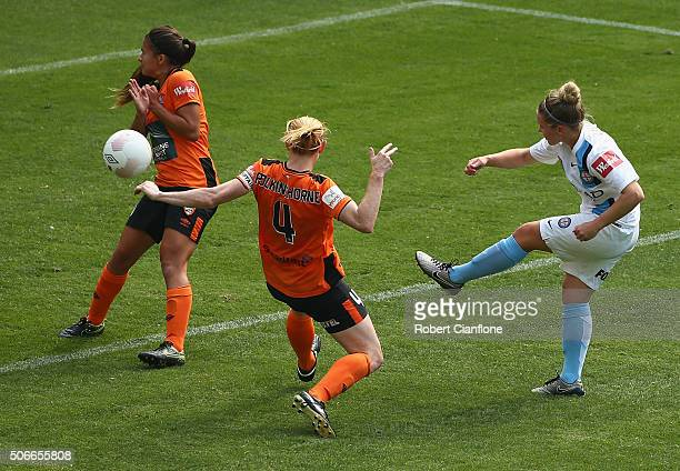 Kim Little of Melbourne City attempts a shot on goal during the WLeague semi final match between Melbourne City FC and Brisbane Roar at AAMI Park on...