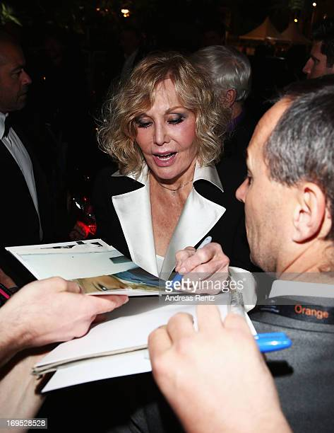 Kim Novak attends the Palme D'Or Winners dinner during The 66th Annual Cannes Film Festival at Agora on May 26 2013 in Cannes France