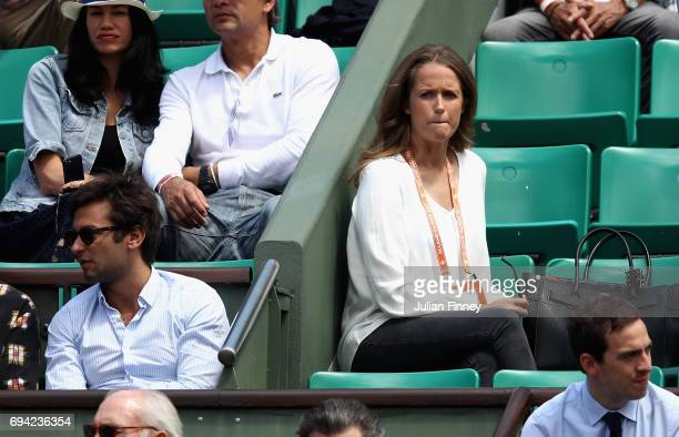 Kim Sears Wife of Andy Murray makes her way into Court Philippe Chatrier prior to the mens singles semifinal match between Andy Murray of Great...