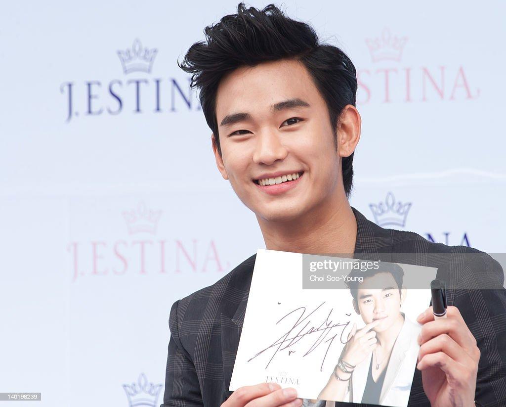 KOR: Kim Soo-Hyun Attends J.ESTINA Fan Meeting