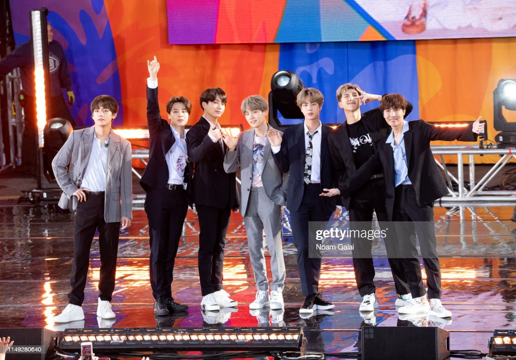 "BTS Performs On ""Good Morning America"" : Fotografia de notícias"